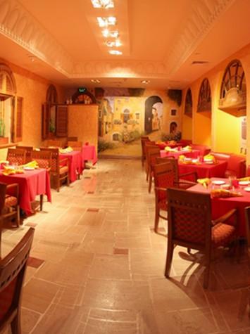 Tuscany – Italian Love in the Heart of Zamalek