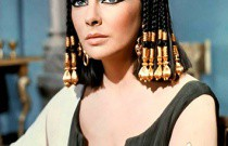 Cleopatra to Amy Winehouse: Decades of Eyeliner Applications!