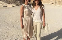 Guess who is in Luxor! Elizabeth Hurley!