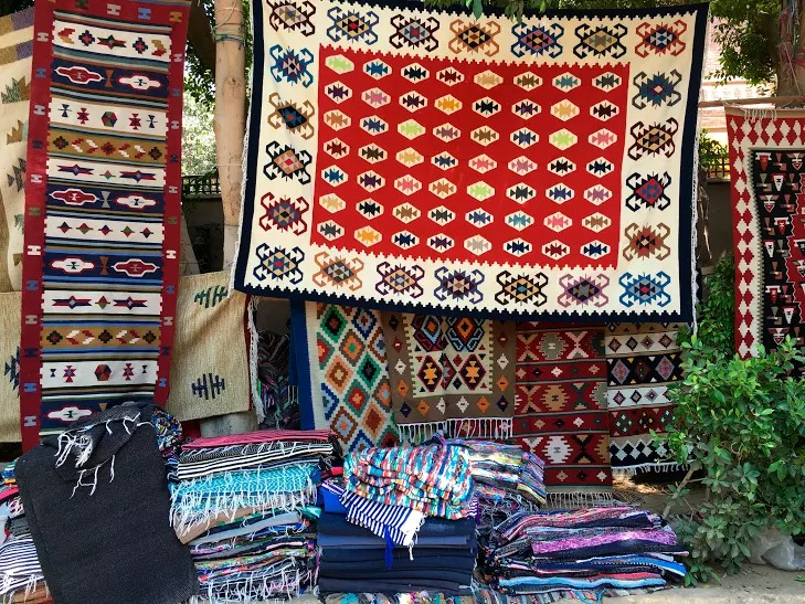 Exquisite Home Accessories by Egyptian Artisans on the Streets of Maadi
