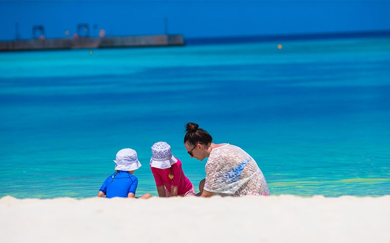Super Sahel Mom! All you Need to Know about Traveling with your Kids