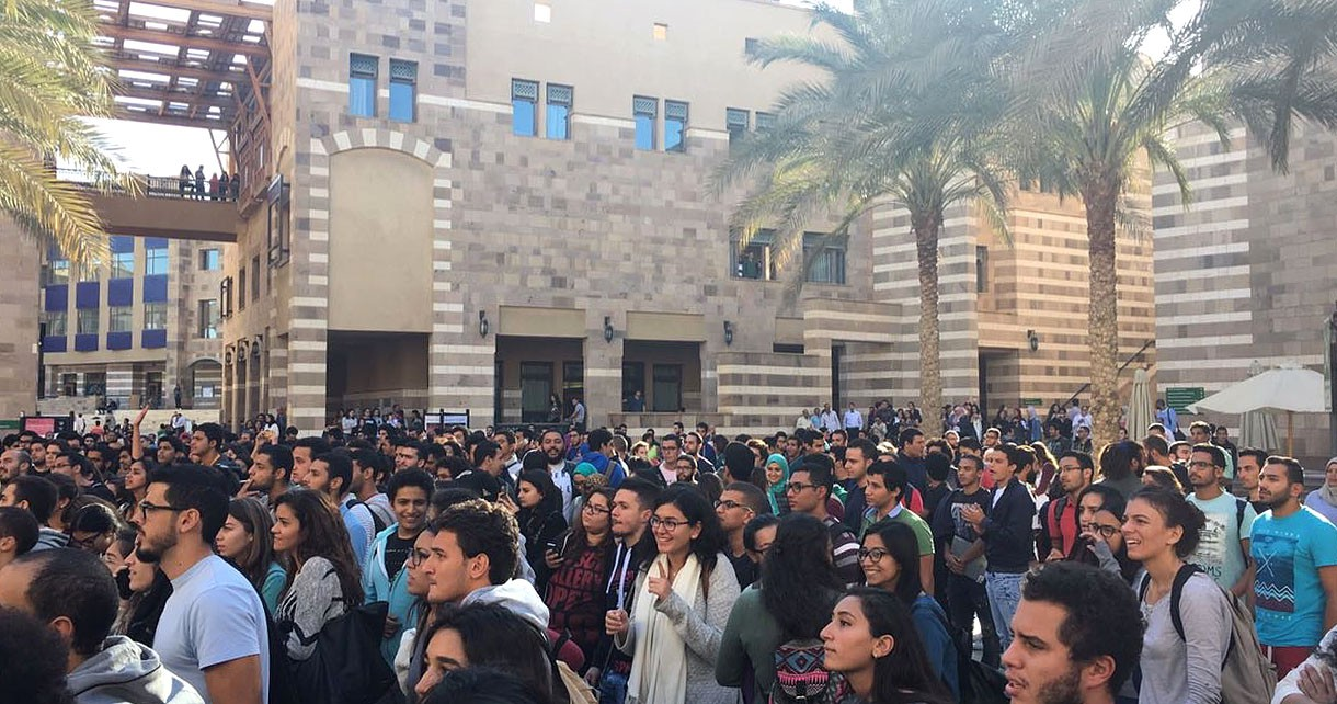Video: AUC Students Strike Against Tuition Increase Following Egyptian Pound Floatation